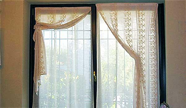 Tende Di Tulle Ricamato : Tende antiche di tulle la camelia collezioni